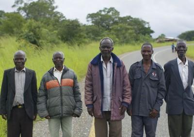 Hombres en Malawi