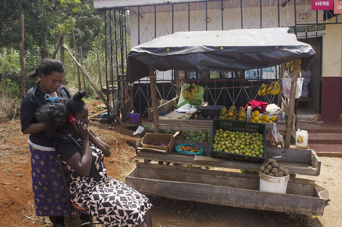 Parada de frutas en Kenya
