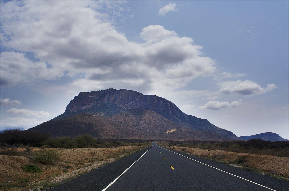 Carretera en el desierto de Kenya