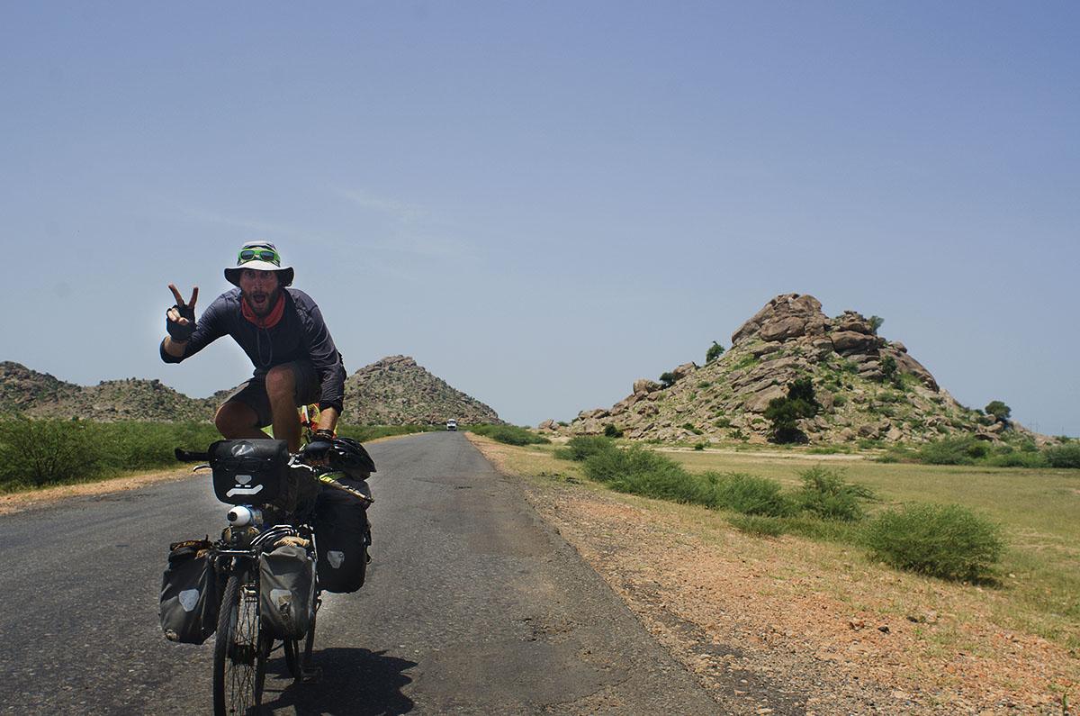 Colorado en una carretera de Sudán