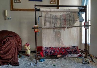 Dona teixint Shiraz